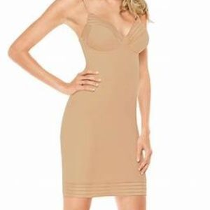 Spanx Chic Shapers Glam Adj Strap Super Firm Full